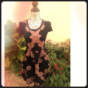 Romeo & Juliet Couture A-Line Dress